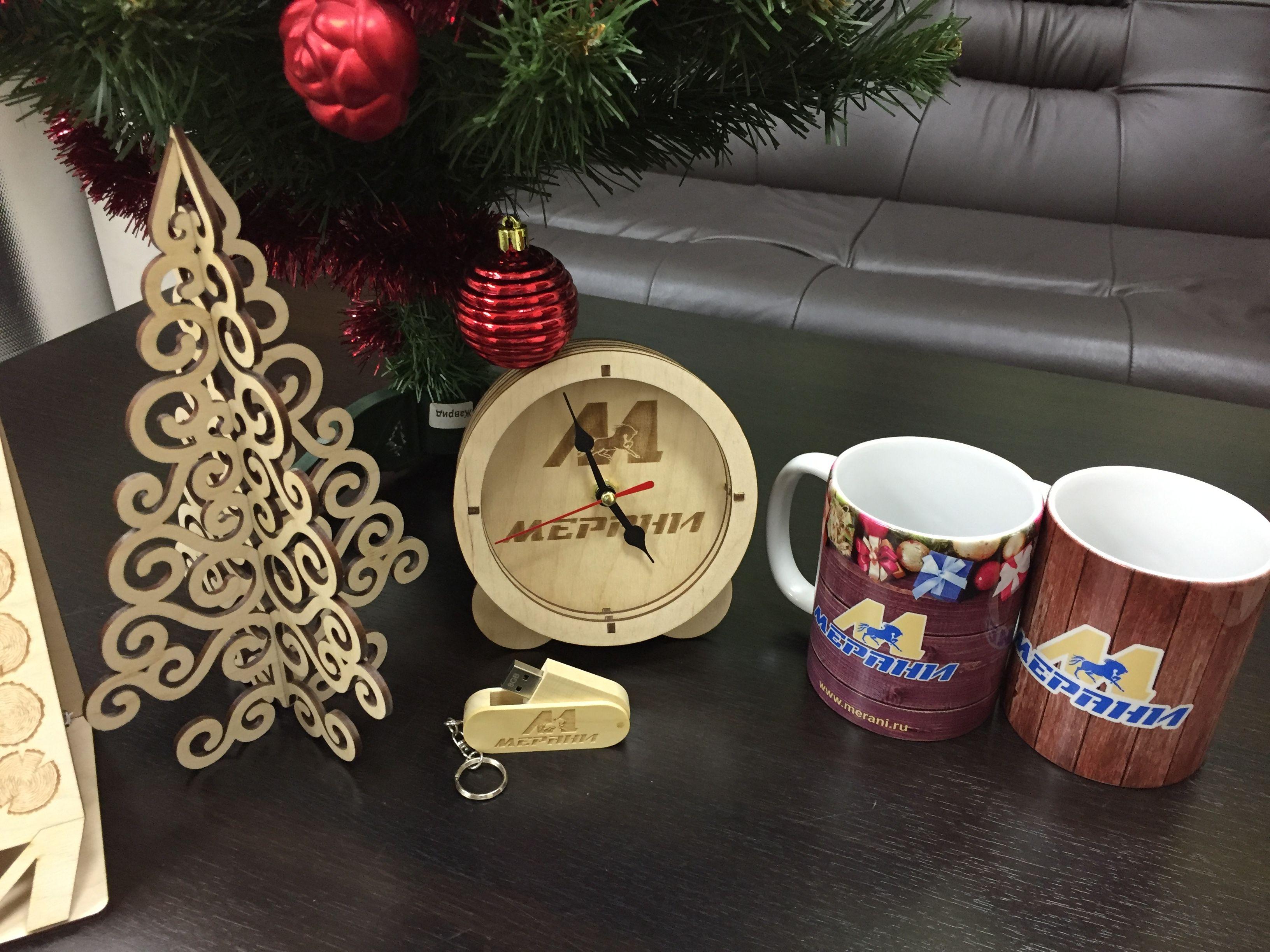 Сувенир в подарок фото